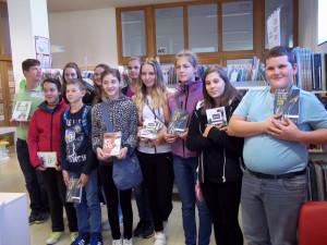 V Knjižnici Črnomelj so nam podarili knjige